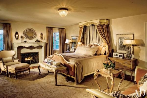 beige-oushak-rug-bedroom-fireplace-bebe-johnson-ellen-geerer